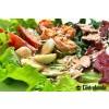 Салат с креветками и беконом гриль